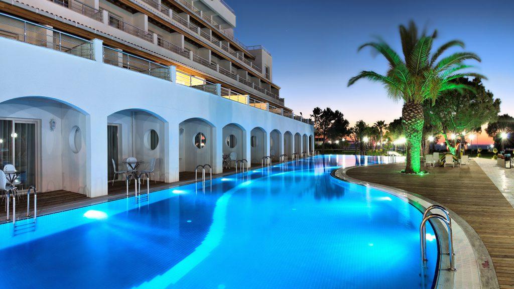 Hotel Batihan Beach Resort Amp Spa Kusadasi 4