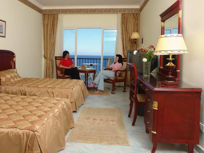 Hotel Red Sea Taj Mahal Resort Amp Aqua Park 5