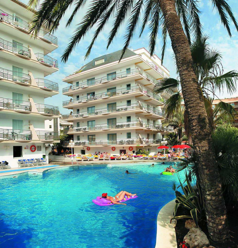 Hotel alhambra santa susana costa del maresme 3 - Piscine santa bona ...