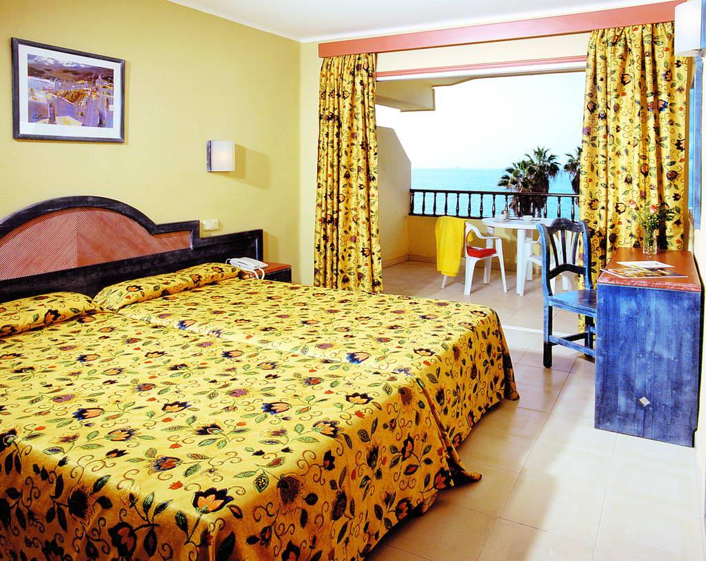 Hovima Jardin Caleta Aparthotel Tenerife 3