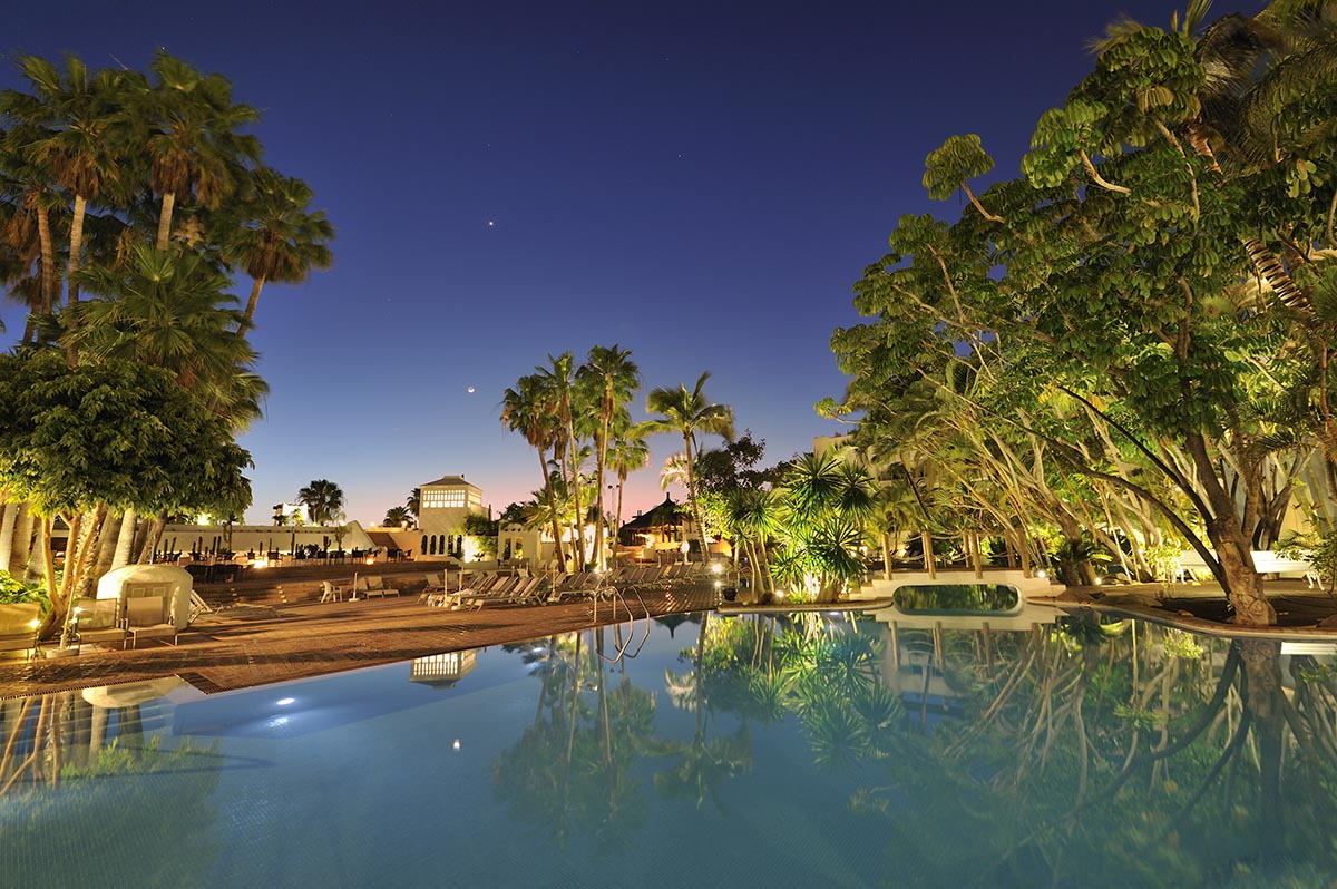 Hotel jardin tropical tenerife 4 for Jardin tropical tenerife
